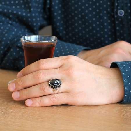 Damla Desen İşlemeli Siyah Zirkon Taşlı 925 Ayar Gümüş Erkek Yüzük - Thumbnail