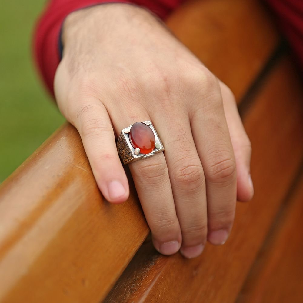 Erzurum El İşi Kırmızı Akik Taşlı Gümüş Yüzük